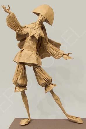 Eric Josiel'in origami heykelleri 300 ila 5.000 avroya alıcı buluyor.