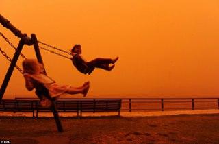 Toz Fırtınası Sydney-Sallanan Çocuklar