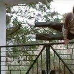 Jackie Chan: Parmaklıklar Üzerinde Atlama